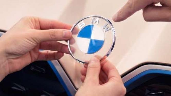 Logo Baru BMW.