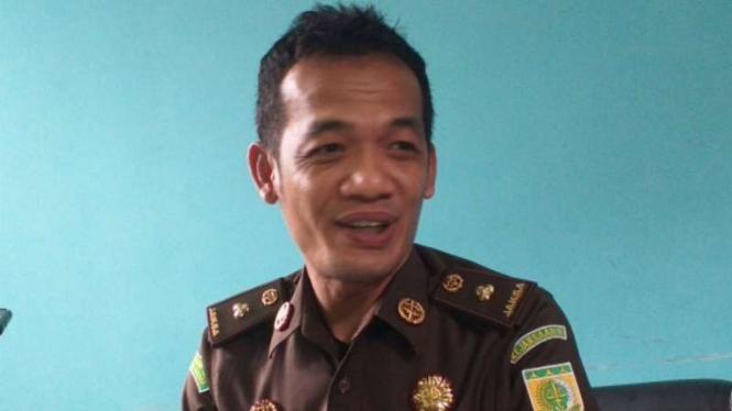JPU Dapot Dariarma menuntut terdakwa kasus video porno Vina Garut.