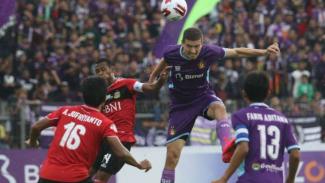Duel Persik Kediri vs Bhayangkara FC.
