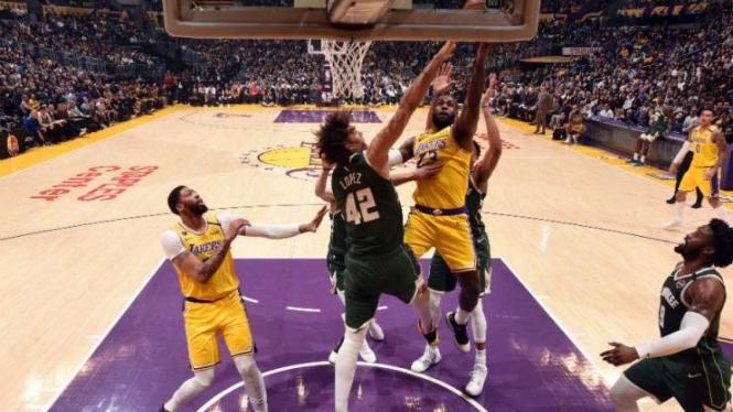 Duel LA Lakers vs Milwaukee Bucks.