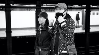 Pengunaan masker di tempat rawan virus