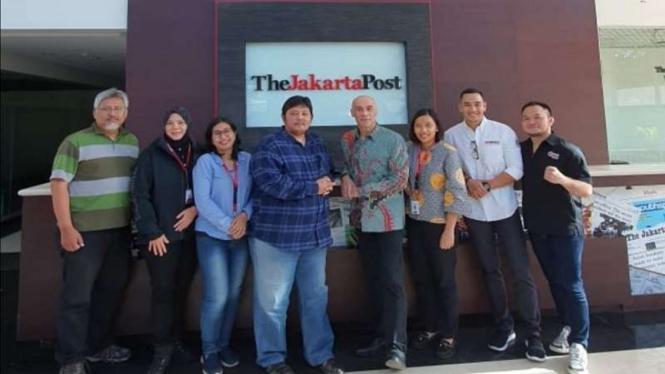 Pertemuan manajemen One Pride dan The Jakarta Post