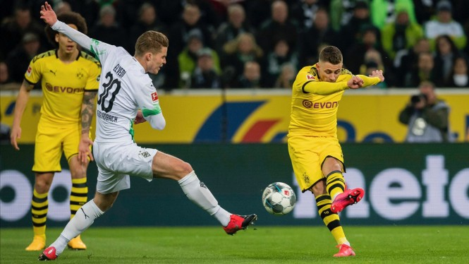 Pertandingan antara Moenchengladbach vs Dortmund di Bundesliga 2019/20