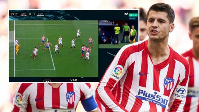 Gol penalti kontroversial Atletico Madrid oleh Alvaro Morata