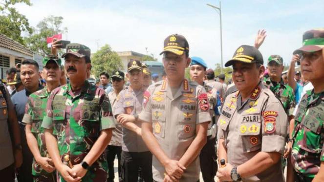 Kapolri Jenderal Idham Aziz dan Panglima TNI Marsekal Hadi Tjahjanti di Kepri