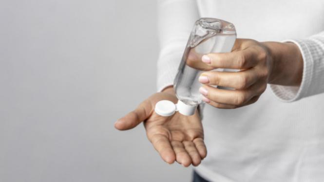 Ilustrasi cuci tangan/hand sanitizer.
