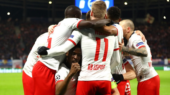Pemain RB Leipzig merayakan gol ke gawang Tottenham Hotspur