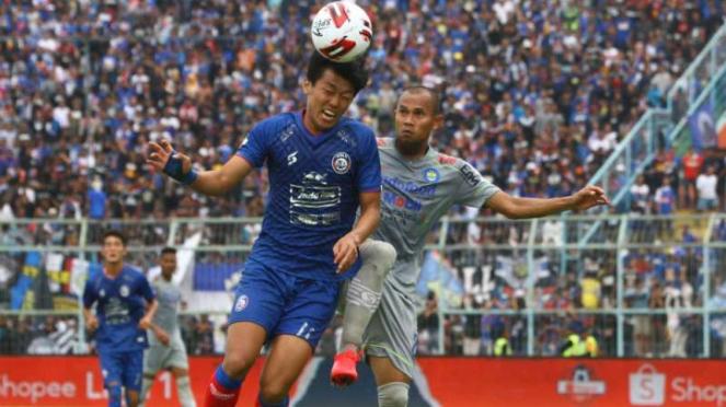 Persib Bandung saat menjamu Persela Lamongan.