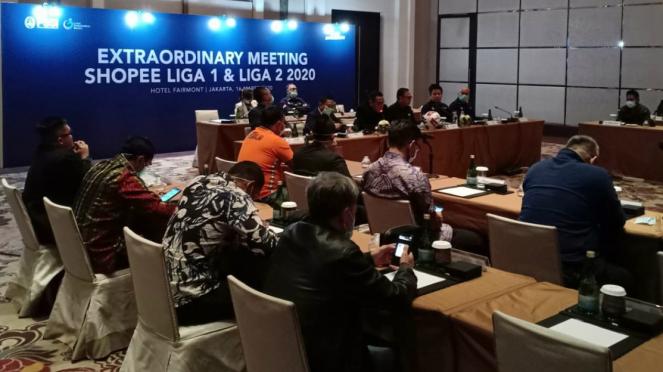 Suasana pertemuan darurat PT LIB dan PSSI terkait agenda Liga 1 & Liga 2