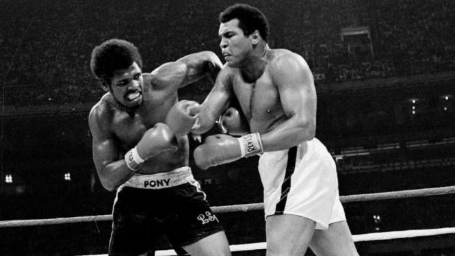 Duel Leon Spinks vs Muhammad Ali.