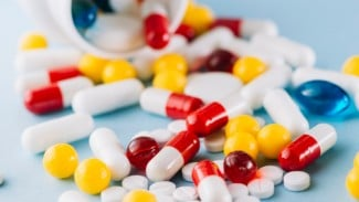 Ilustrasi vitamin, obat, suplemen