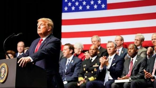 Donald Trump saat pidato.