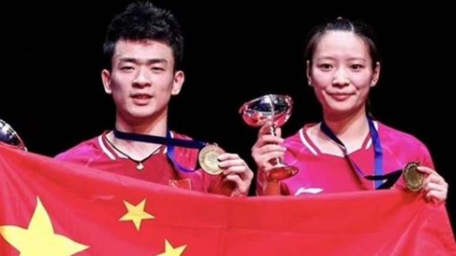 Ganda campuran China, Zheng Siwei/Huang Yaqiong.