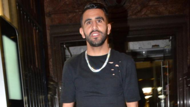 Winger Manchester City, Riyad Mahrez usai berpesta