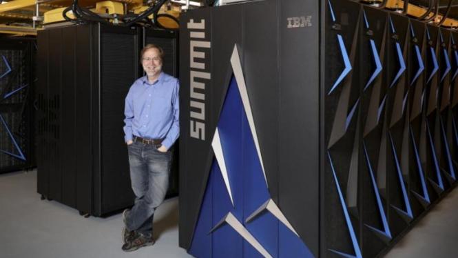Superkomputer Summit.