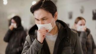 Ilustrasi batuk/TBC/virus corona/COVID-19.