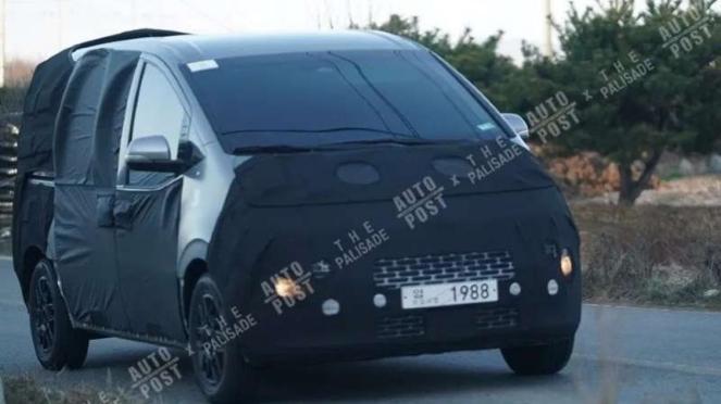 Hyundai H-1 generasi terbaru diduga sedang diuji coba.