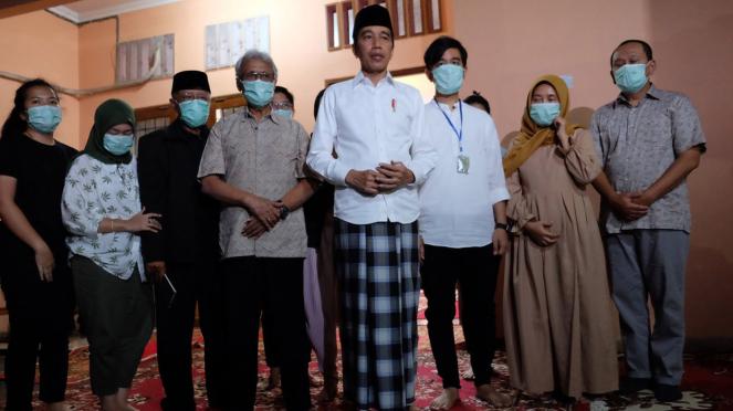Ibunda Presiden Jokowi Wafat