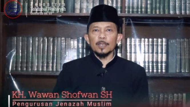 KH. Wawan Shofwan, SH, Pengasuh Pesantren Pesantern Tahdzibul Washiyyah, Bandung (Youtube)