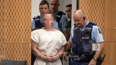 https://thumb.viva.co.id/media/frontend/thumbs3/2020/03/26/5e7c30ba6b801-pelaku-teror-masjid-christchurch-asal-australia-akui-perbuatannya_375_211.jpg