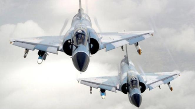 Jet tempur Mirage 2000.