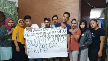 https://thumb.viva.co.id/media/frontend/thumbs3/2020/03/28/5e7f0f84d8d11-malaysia-perpanjang-lockdown-karena-virus-corona-tki-makan-dikurangi-hanya-mie-dan-nasi_375_211.jpg