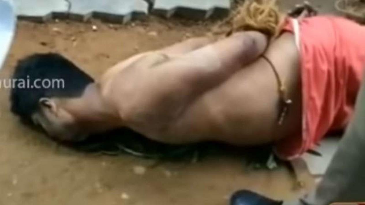 Pria 'zombie' di India