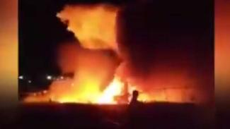 Pesawat Lion Air jatuh dan meledak.