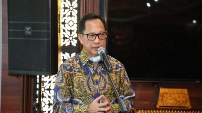 Menteri Dalam Negeri (Mendagri) Prof. H. M. Tito Karnavian