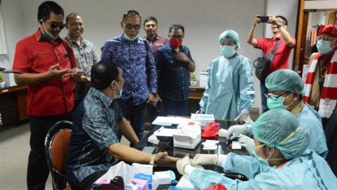 Anggota DPRD Bali lakukan rapid test COVID-19