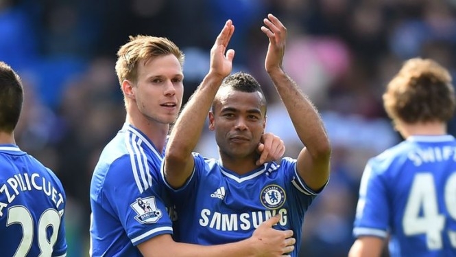 Ashley Cole saat masih bermain untuk Chelsea