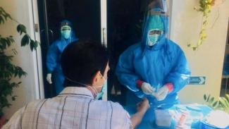 Warga Kota Makassar jalani rapid test virus corona