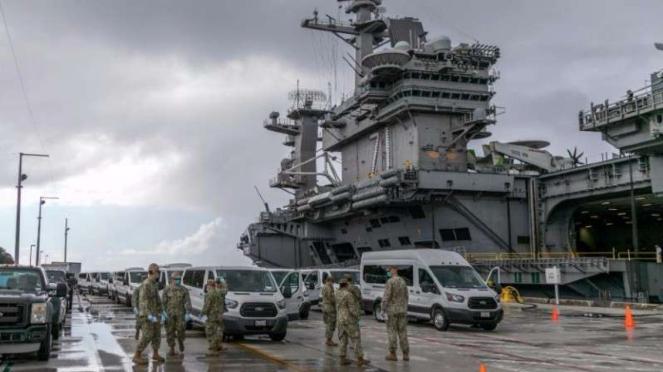 VIVA Militer: Kapal Induk USS Theodore Roosevelt (CVN-71).
