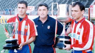 Radomir Antic (tengah) saat menjadi pelatih Atletico Madrid
