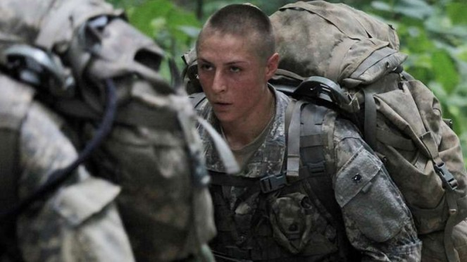 VIVA  Militer: Shaye Haver saat mengikuti pelatihan Sekolah Ranger US Army