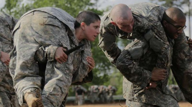 VIVA Militer: Kristen Griest saat mengikuti pelatihan Sekolah Ranger US Army