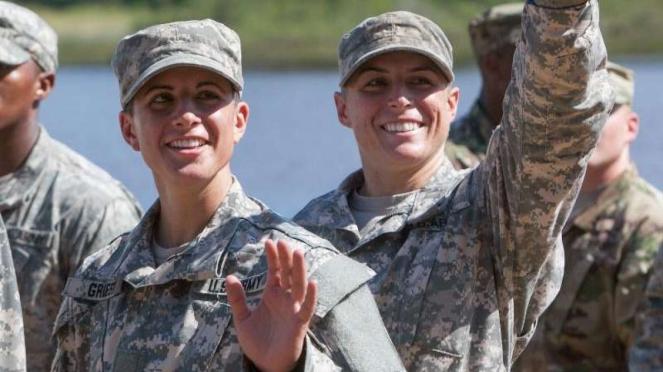 VIVA Militer: Kapten Kristen Griest dan Kapten Shaye Haver