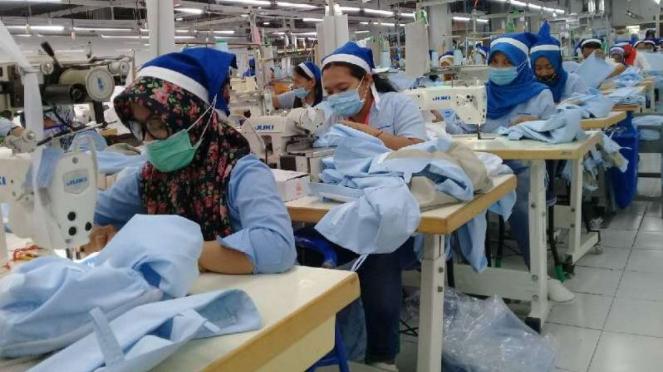 Ribuan buruh di Jawa Tengah terkena PHK.