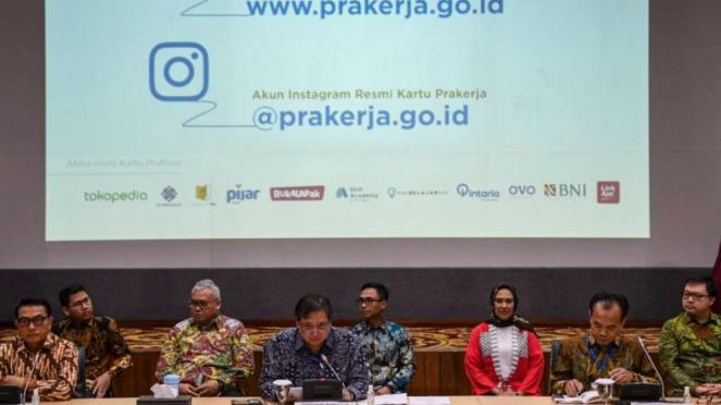 Peluncuran situs resmi Kartu Prakerja di kantor Kemenko Perekonomian, Jakarta