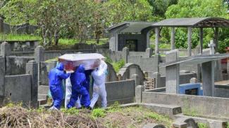 Pemakaman pasien corona di Jawa Barat. (Foto ilustrasi).
