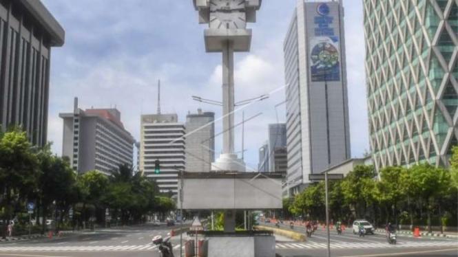 Jakarta sepi pada saat jam sibuk akibat pemberlakuan PSBB akibat Corona