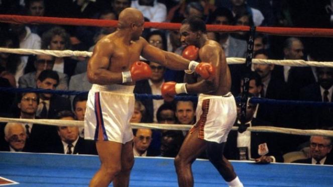 Duel Evander Holyfield versus George Foreman