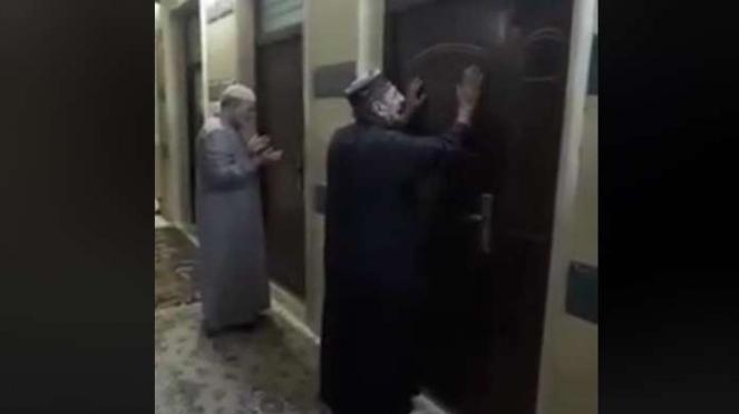 Masjid tempat suara mengaji muncul malam hari.
