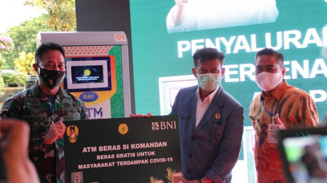 Mentan Syahrul Yasin Limpo saat meluncurkan ATM Pertanian Sikomandan.