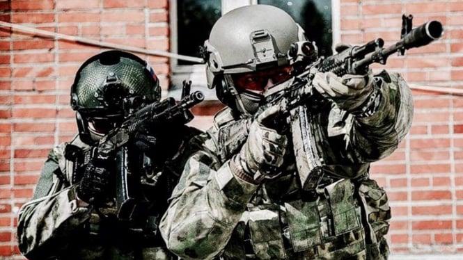 Pasukan khusus atau Spetsnaz Rusia.