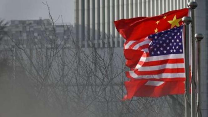 Amerika China.