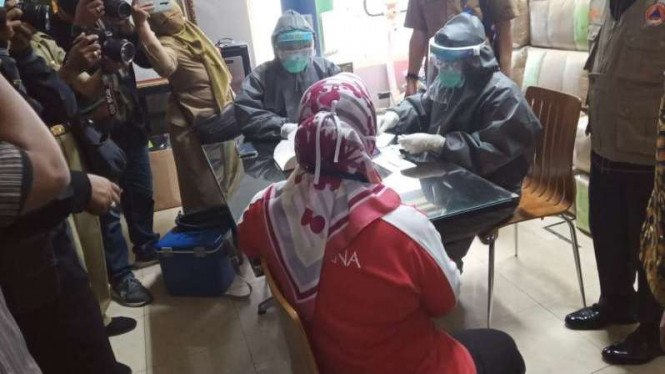 Pemkot Malang gelar rapid test di Pabrik Sampoerna.