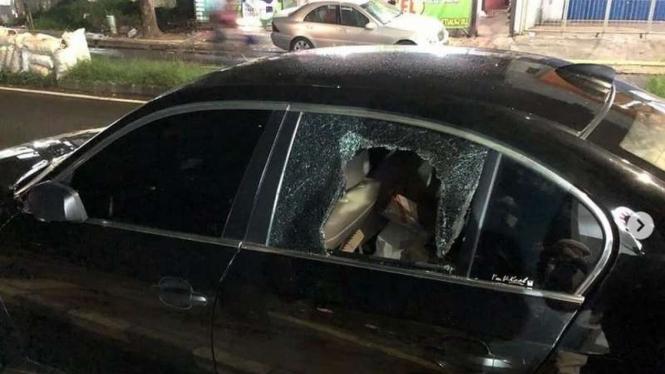 Mobil BMW e60 milik Dokter Tirta yang kacanya dibobol maling