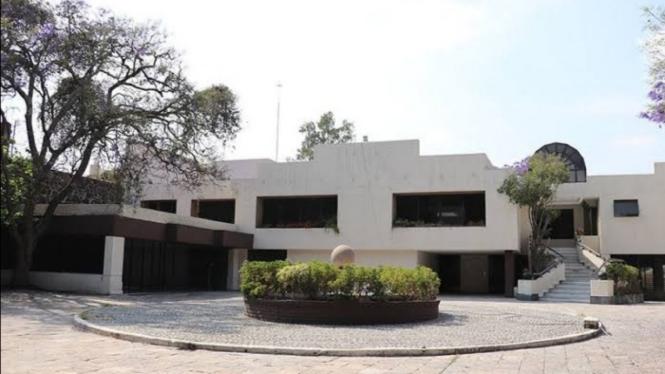 Rumah mewah milik bandar narkoba di Meksiko baru saja dijual.