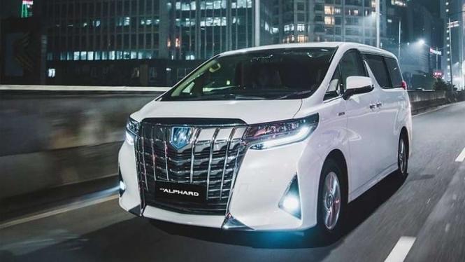 Ilustrasi Toyota Alphard